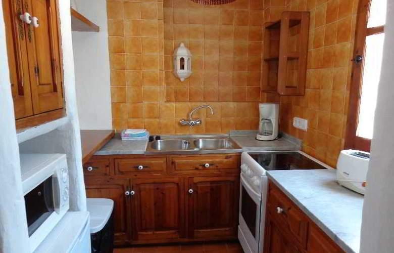 Benet - Los Pinares I - Room - 6