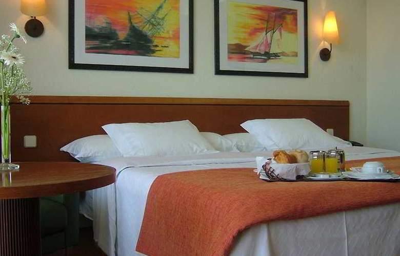 Axis Ofir Beach Resort - Room - 4