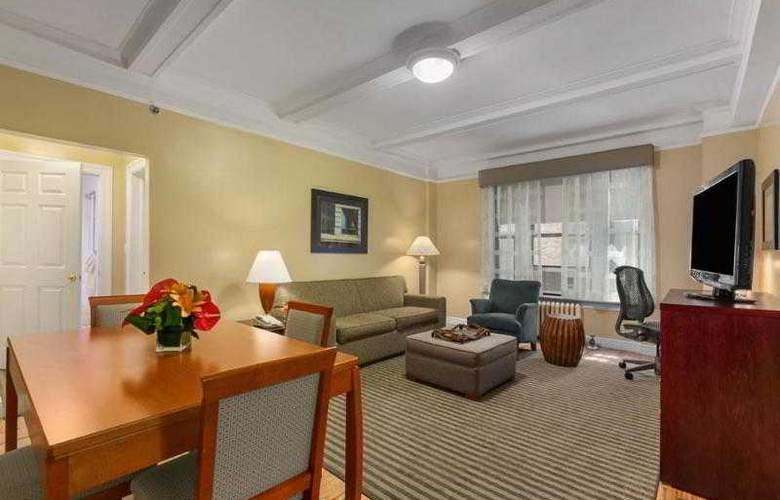 Best Western Plus Hospitality House - Apartments - Hotel - 42