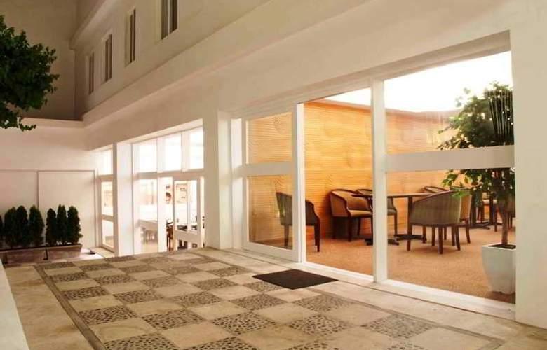 Tierra Viva Arequipa Plaza - Hotel - 3