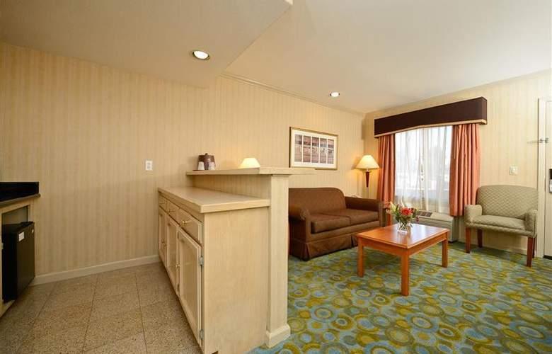 Best Western Plus Executive Suites - Room - 31