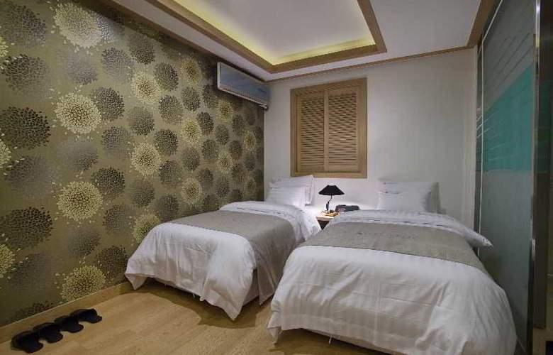 LEX Tourist Hotel - Room - 9