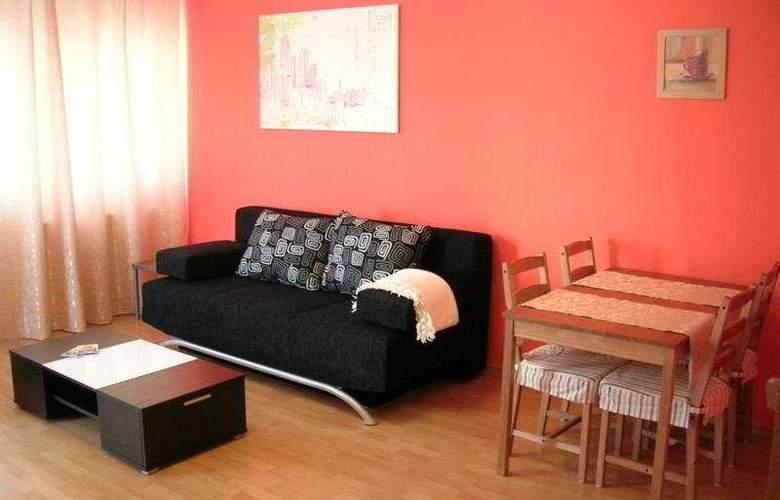 Far Home Apartments - Room - 5