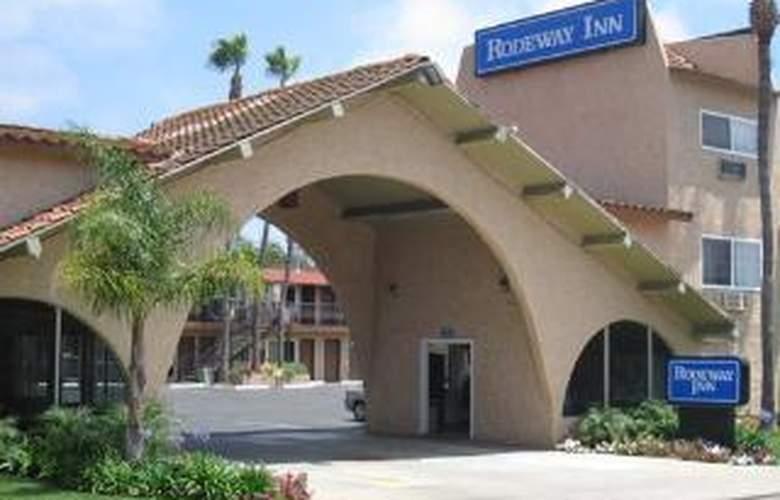 Rodeway Inn Near Legoland - Hotel - 0