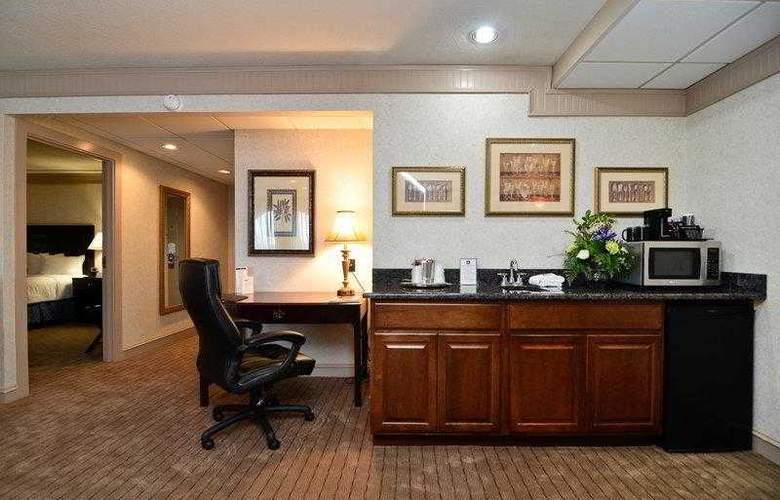 Best Western Plus Concordville Hotel - Hotel - 7