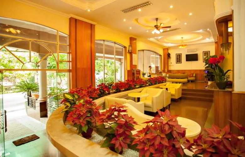 Palm Beach Hotel Nha Trang - Terrace - 4