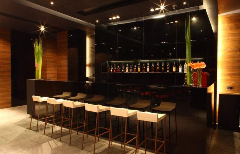 ShaSa Resort & Residences - Bar - 10
