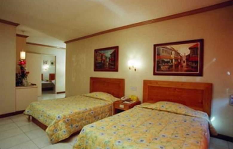 Rosas Garden Hotel - Room - 8