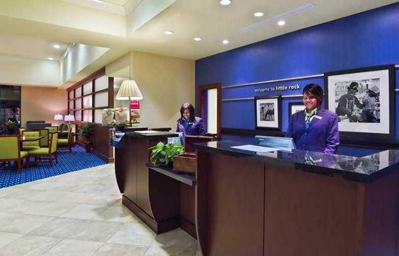 Hampton Inn & Suites Little Rock-Downtown - Hotel - 6