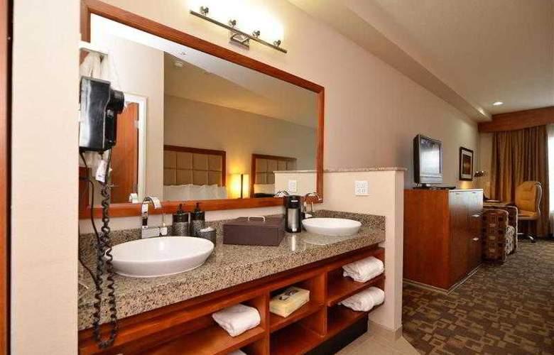 Best Western Peppertree Inn At Omak - Hotel - 5