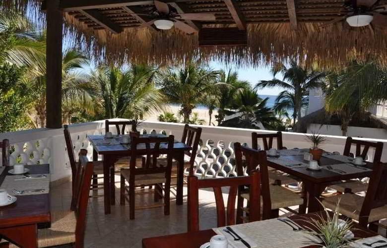 Casa Costa Azul - Restaurant - 8
