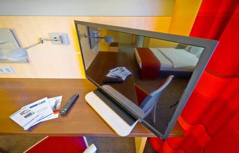 Holiday Inn Express Berlin City Centre - Room - 17