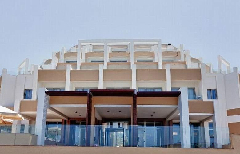 db Seabank Resort + Spa - General - 1