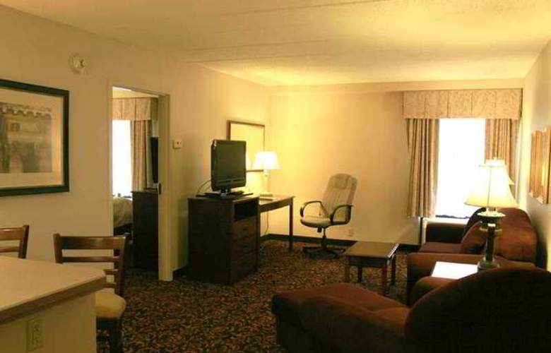 Hampton Inn Woodbridge - Hotel - 2