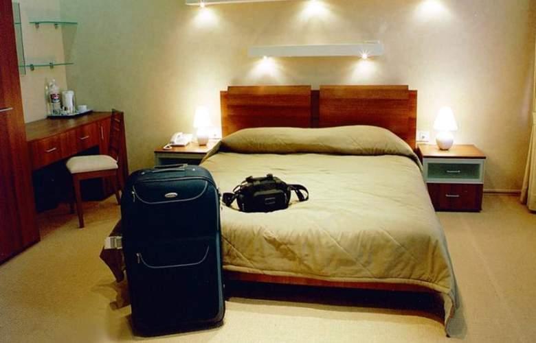 Austin - Room - 3