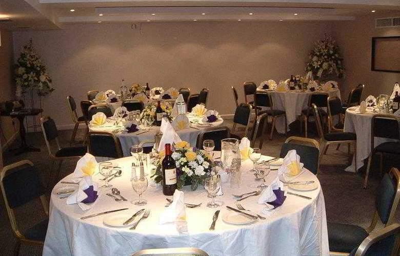 Best Western Donnington Manor - Hotel - 12
