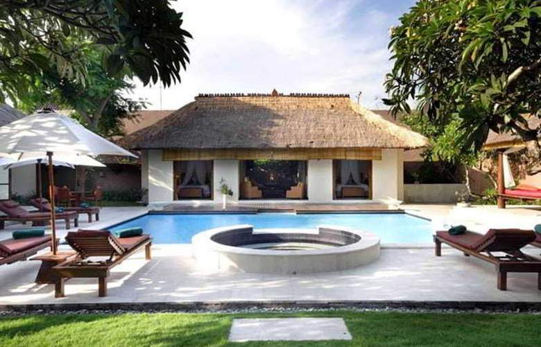 The Bli Bli Residence - Hotel - 0