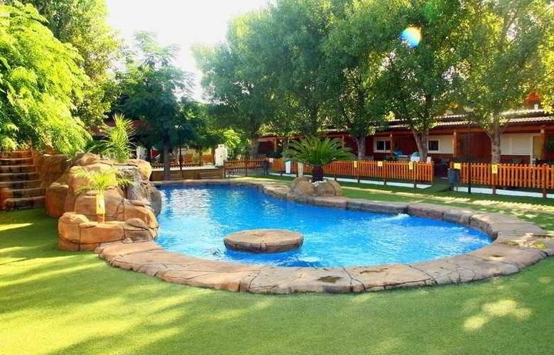 Spa Natura Resort Aptos Playa - Pool - 13