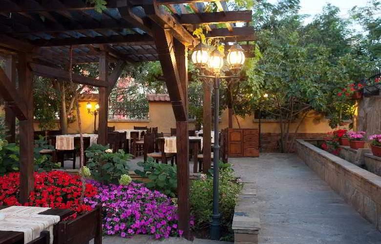 Festa Via Pontika - Restaurant - 33