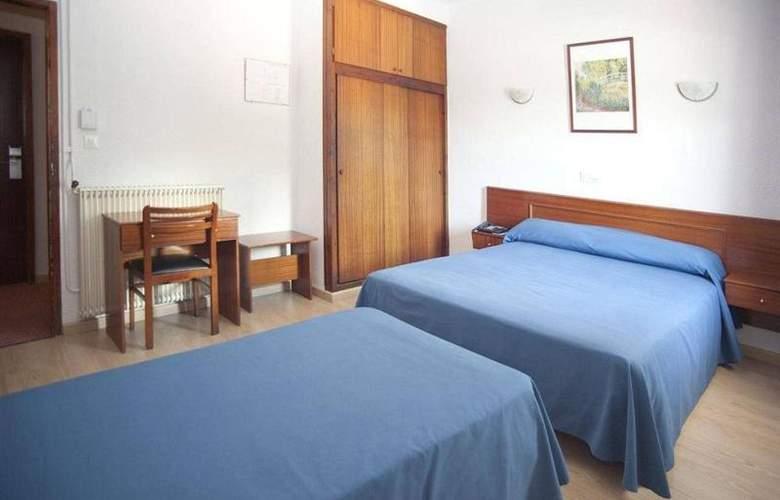 Roca - Room - 10
