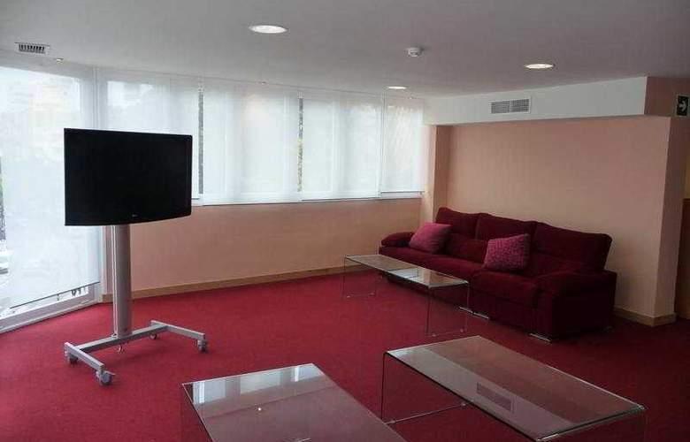Adriano - Hotel - 9
