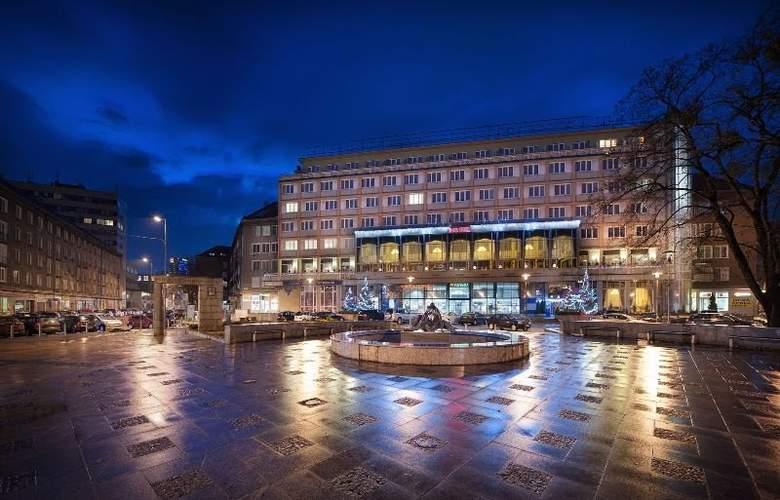 Apollo Hotel Bratislava - Hotel - 8