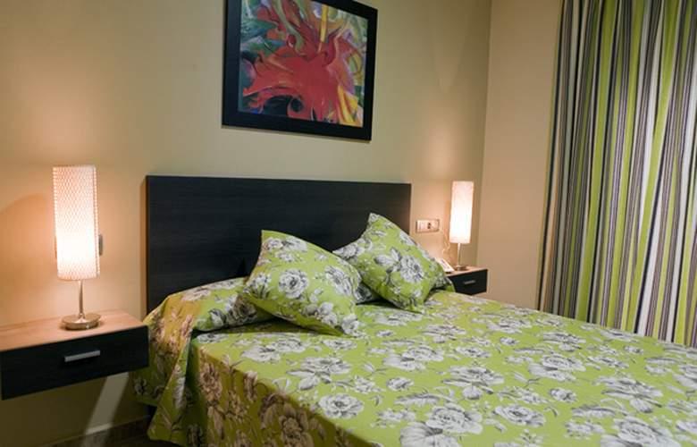 Conilsol Hotel y Aptos - Room - 11