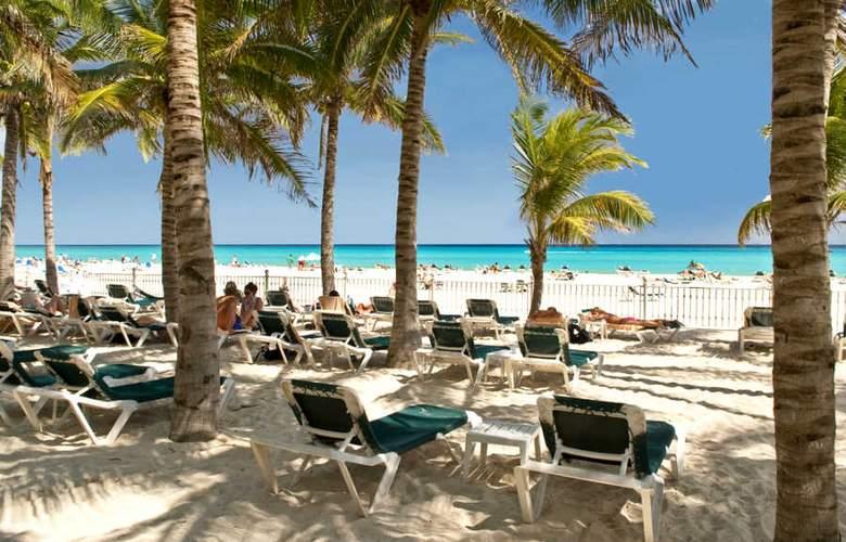 Riu Palace Riviera Maya - Beach - 4
