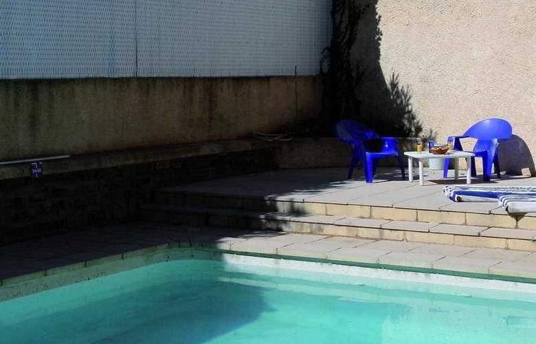 Aragon - Pool - 1