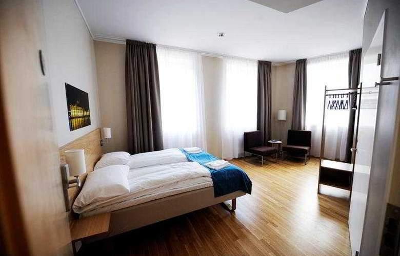 Best Western Globus - Room - 3