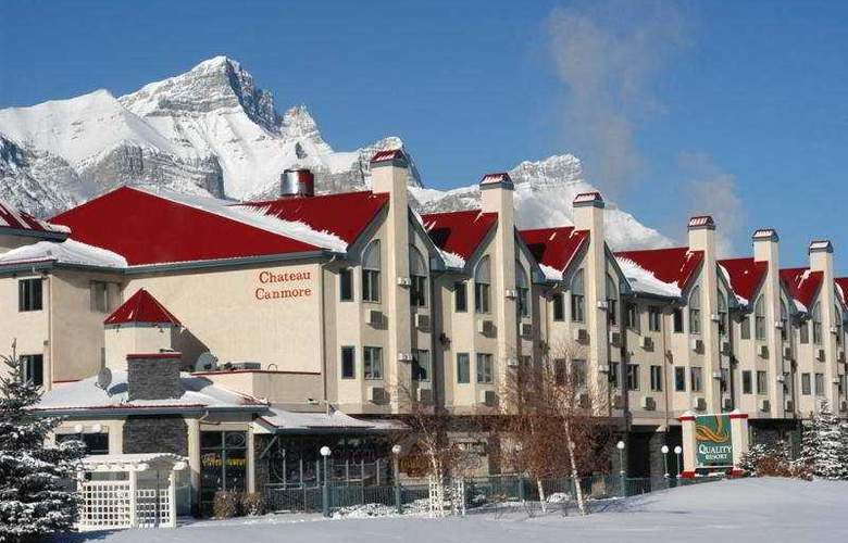 Quality Resort Chateau Canmore - General - 1