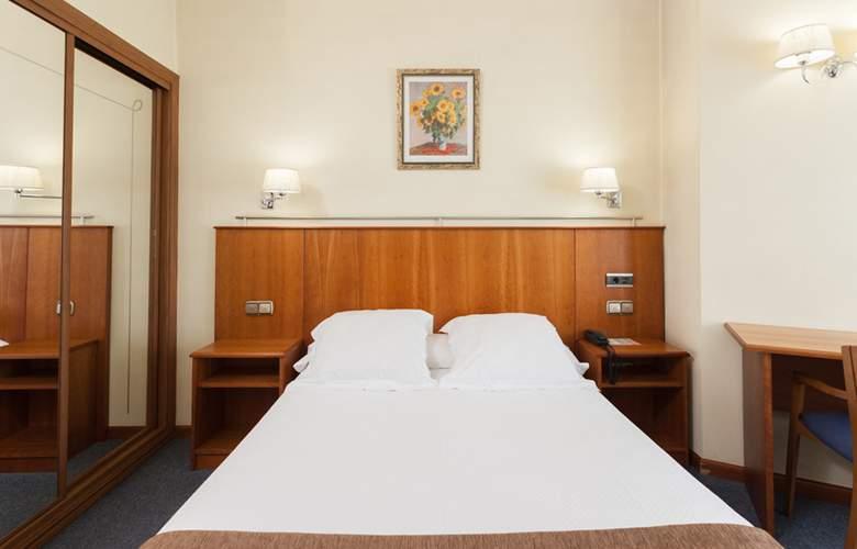 Ciudad De Compostela - Room - 1