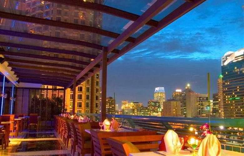 Chateau de Bangkok - Terrace - 1