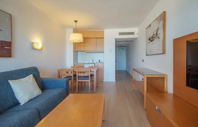 Fontanellas Playa - Room - 20