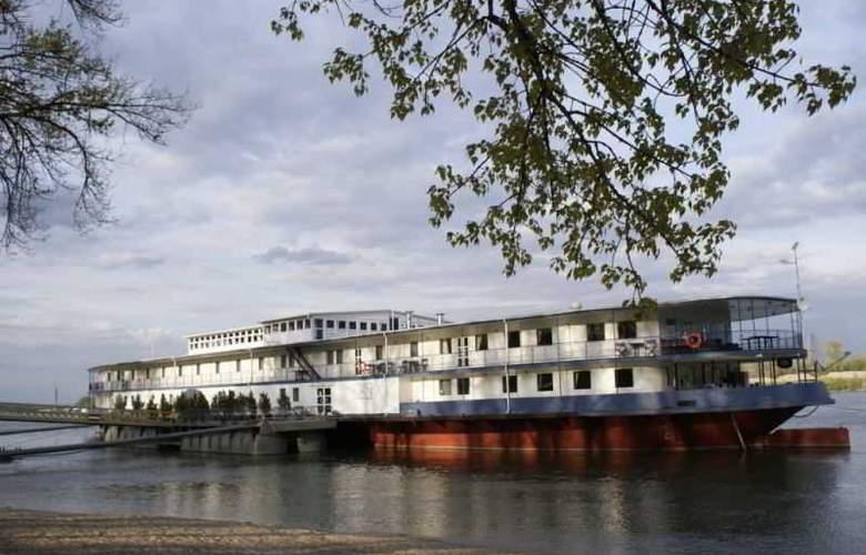 Aquamarina - Hotel - 5