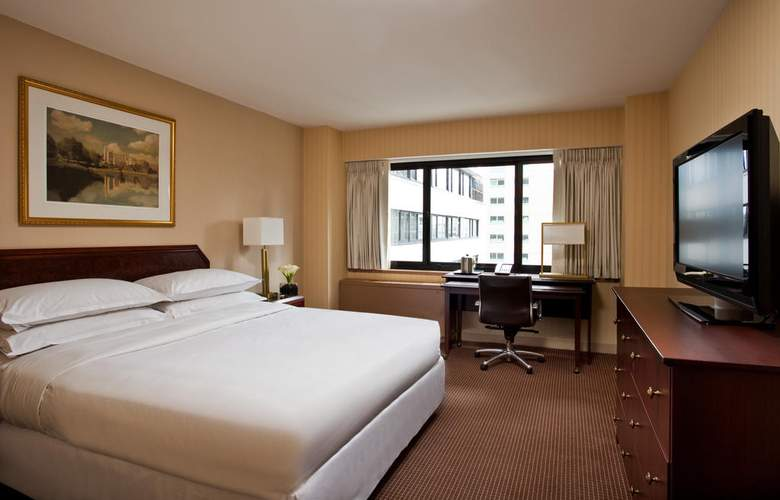 The Manhattan at Times Square Hotel - Room - 5