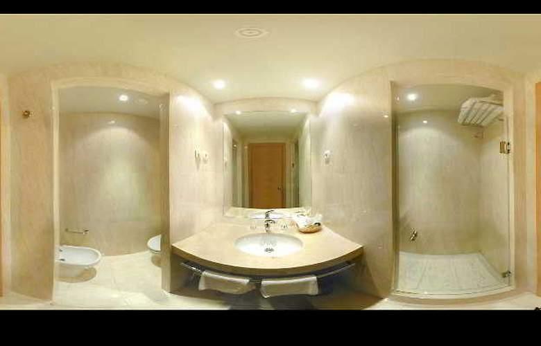 City Express Santander Parayas - Room - 8