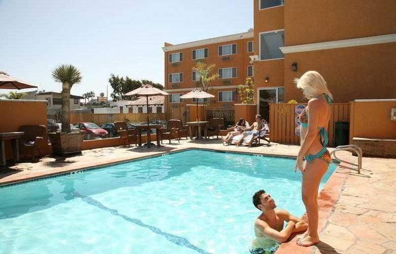 Best Western Newport Beach Inn - Hotel - 15