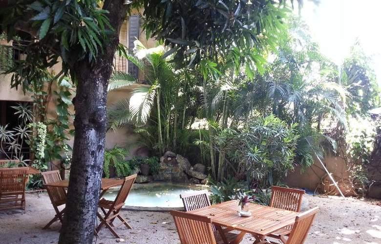 Sous Le Badamier - Restaurant - 19