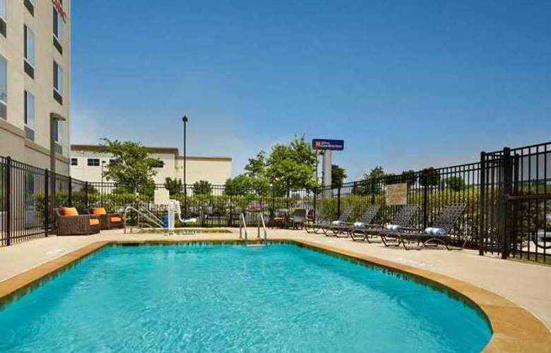 Hilton Garden Inn Austin North - Hotel - 3