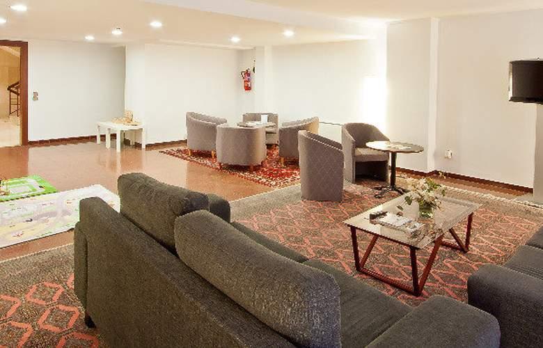 Aparthotel Atenea Calabria - General - 1