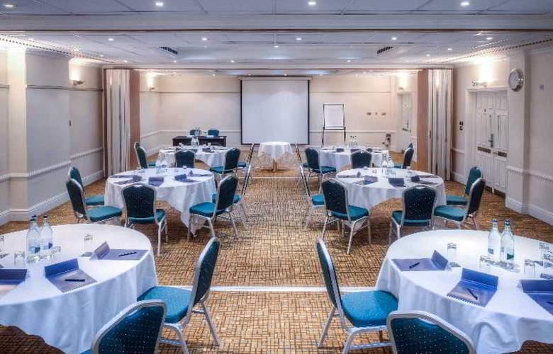 Hilton London Euston - Conference - 18