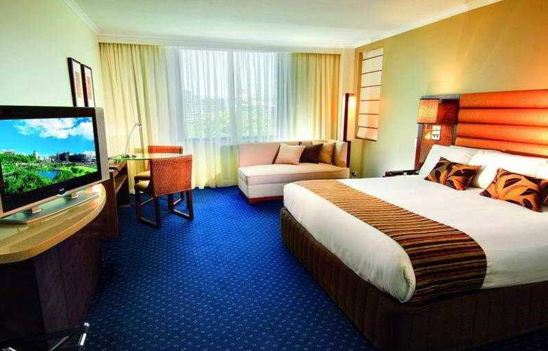 Watermark Brisbane - Room - 2