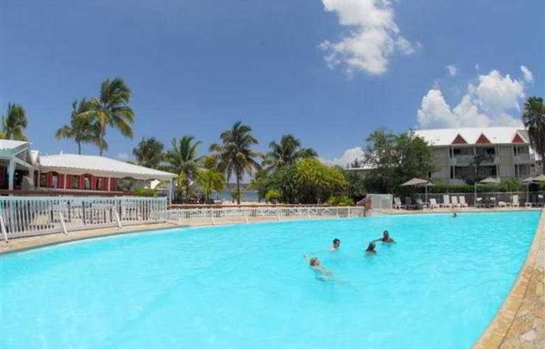 St Martin Marina and Spa - Pool - 3