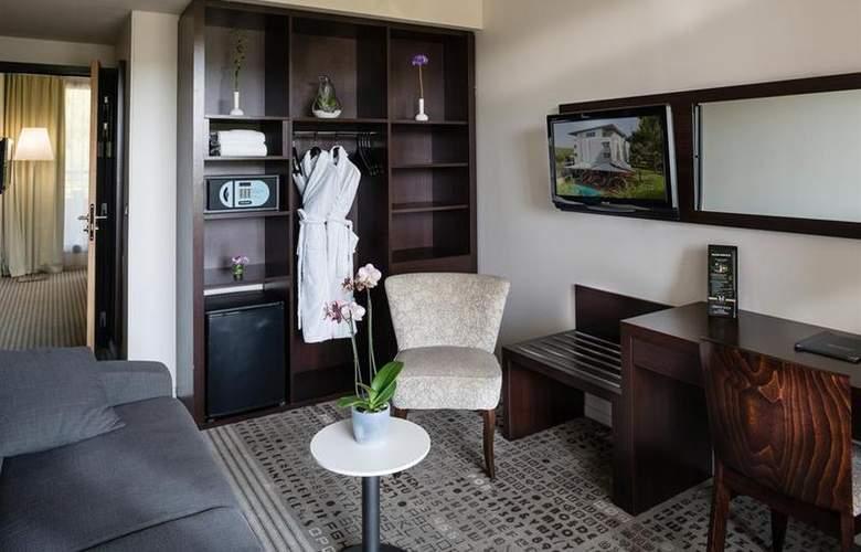 Best Western Hotel De L´Arbois - Room - 10