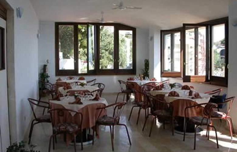 Piccolo Mondo - Restaurant - 8