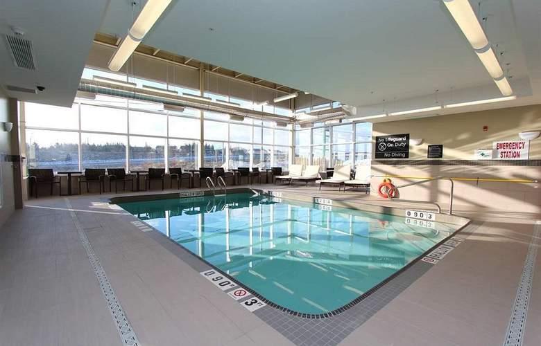 Hampton Inn & Suites by Hilton St. John's Airport - Pool - 3