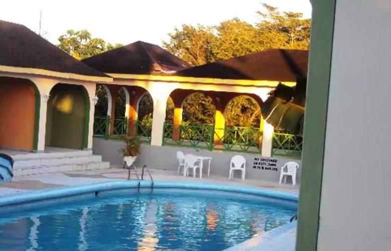 Sungardens - Pool - 3