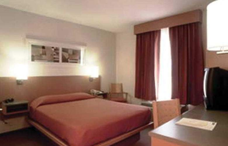 City Express Toluca - Room - 5