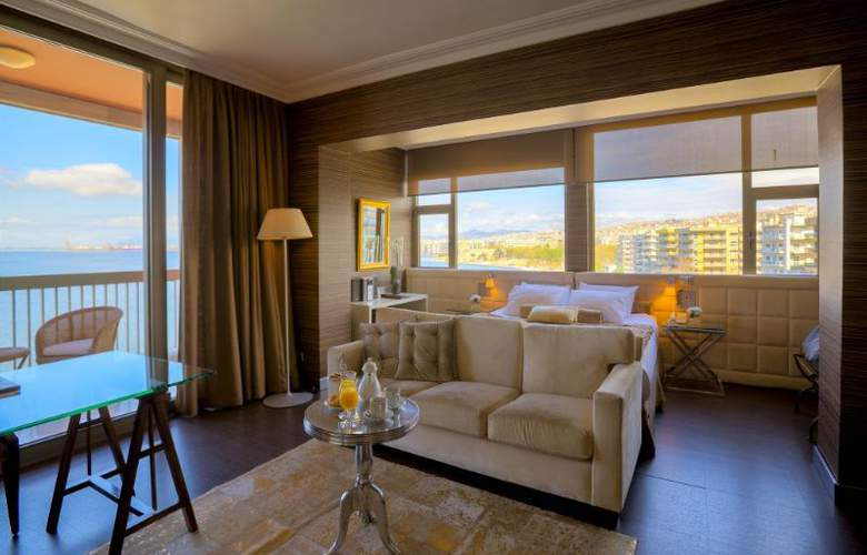 Classical Makedonia Palace - Room - 19